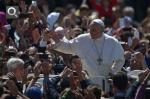 Pape François Pâques 2014.jpg